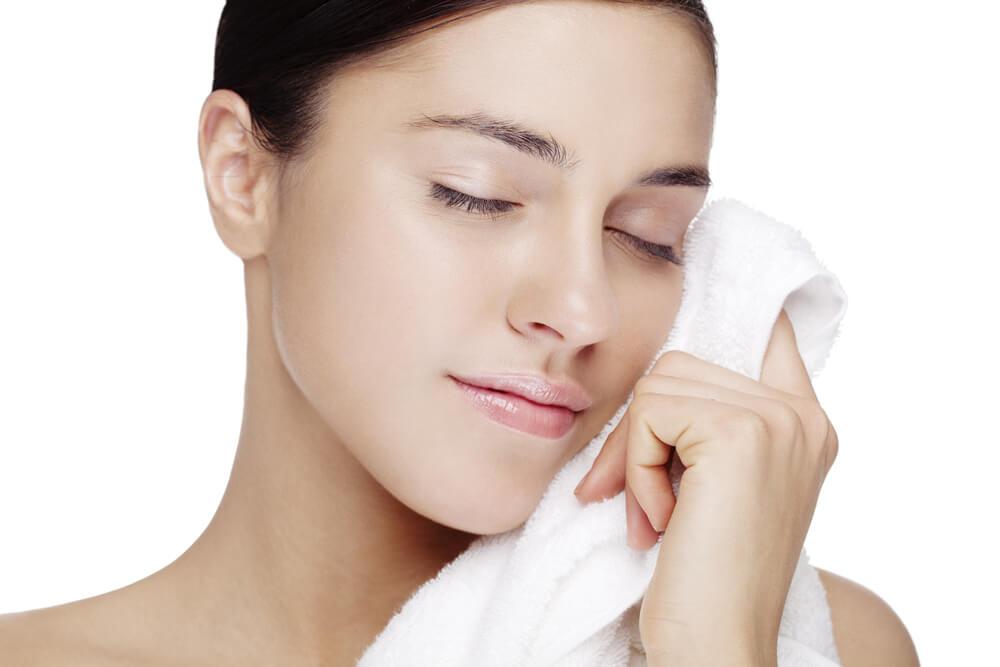 Cuida la piel sensible con tus toallas